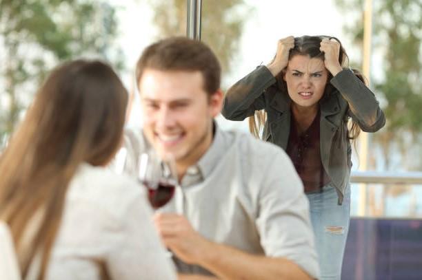 Причины почему мужья изменяют своим женам
